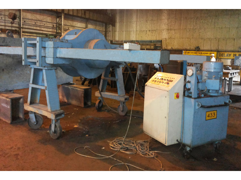 400 ton Horizontal Press (Steel plant – shaft dismounting)